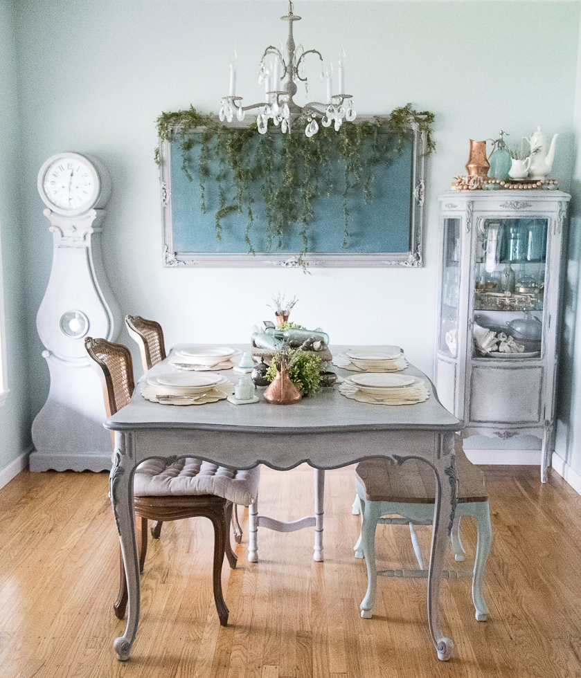 Spring Dining Room Tour with Momtique